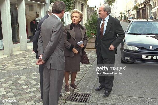J.P. DELEVOYE AND MRS CHIRAC IN CORREZE