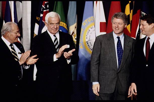 Signature of the nafta agreement pictures getty images signature of the nafta agreement platinumwayz