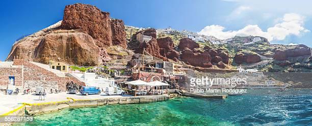 port oia - oia santorini stock pictures, royalty-free photos & images