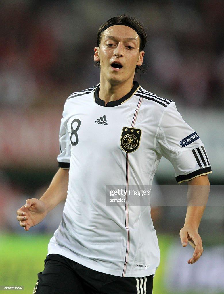 Mesut Ozil Fussball Em Qualifikation 2012 Osterreich