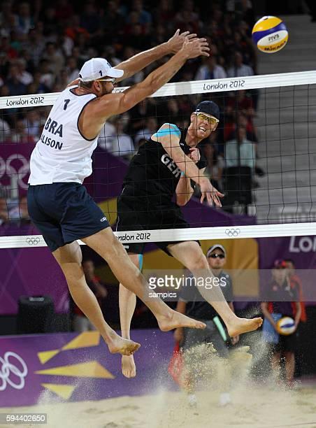 Jonas Rekermann Alison Cerutti Olympische Sommerspiele 2012 London Beachvolleyball Männer Finale Brasilien Deutschland 03 Horse Guard Parade 12...