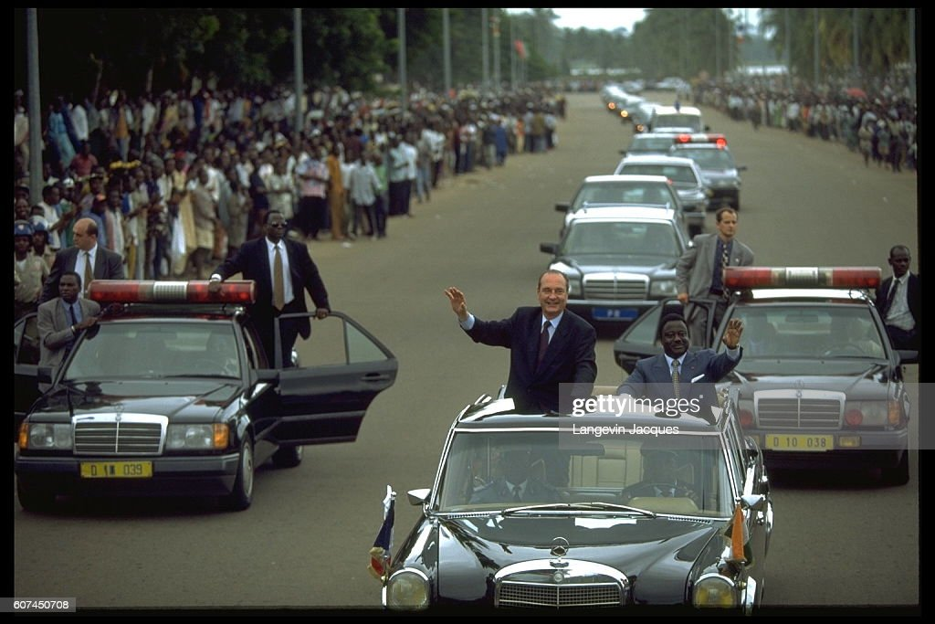 JACQUES CHIRAC IN THE IVORY COAST AND GABON : News Photo