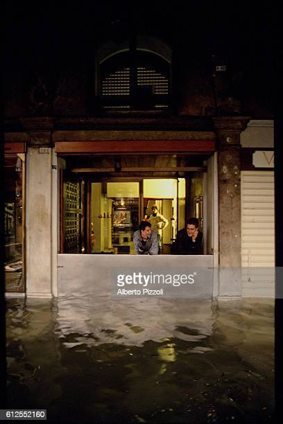 FLOODING IN THE CENTRE OF VENICE