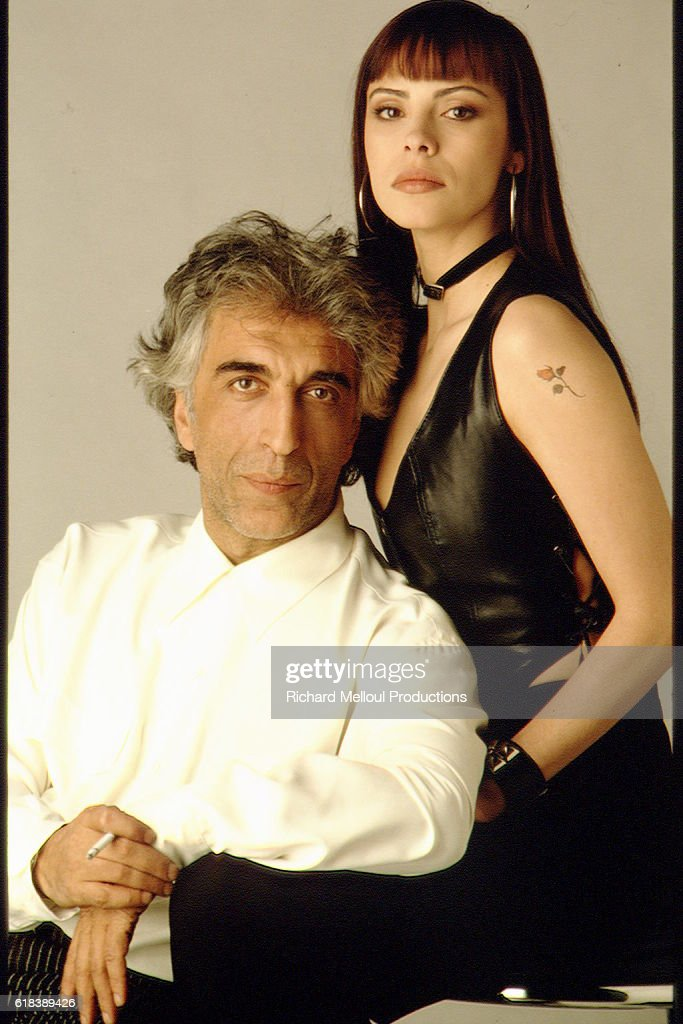 MATHILDA MAY AND GERARD DARMON IN PHOTO STUDIO : Photo d'actualité