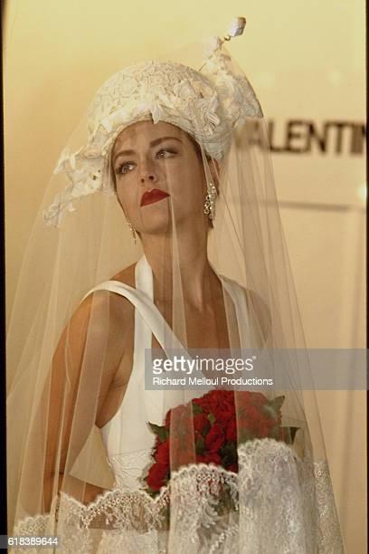 SPRING/SUMMER 1994 PRET A PORTER COLLECTION: VALENTINO