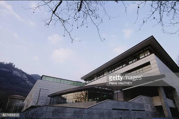 THE REORGANIZED MUSEE DE GRENOBLE