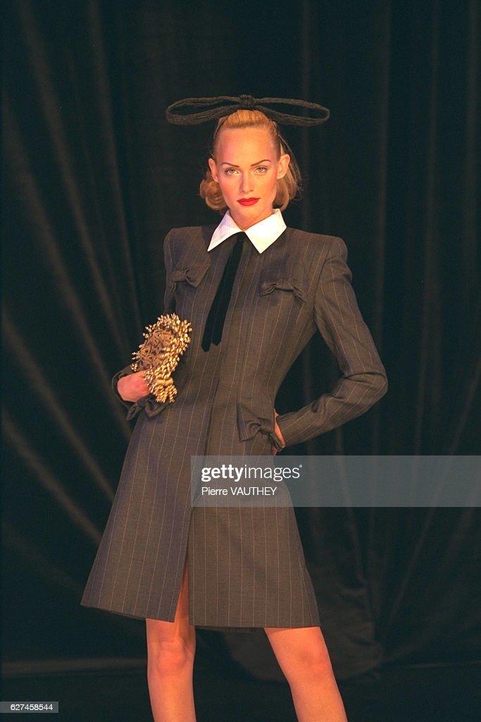 Givenchy Prêt-à-porter Fall/Winter 1996-97