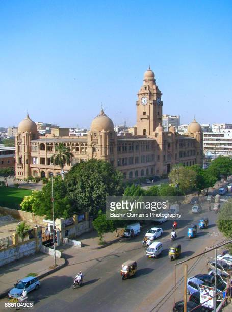 kmc building -the old city areas of karachi - mohammad ali jinnah road stock pictures, royalty-free photos & images