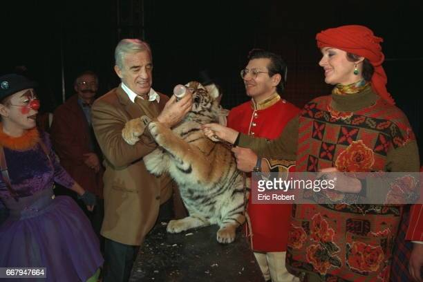 2 BABY TIGERS ARE CHRISTENED