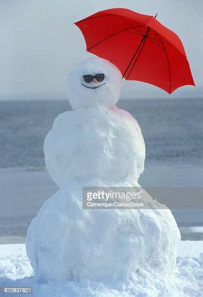 SMILING SNOWMAN WEARING...