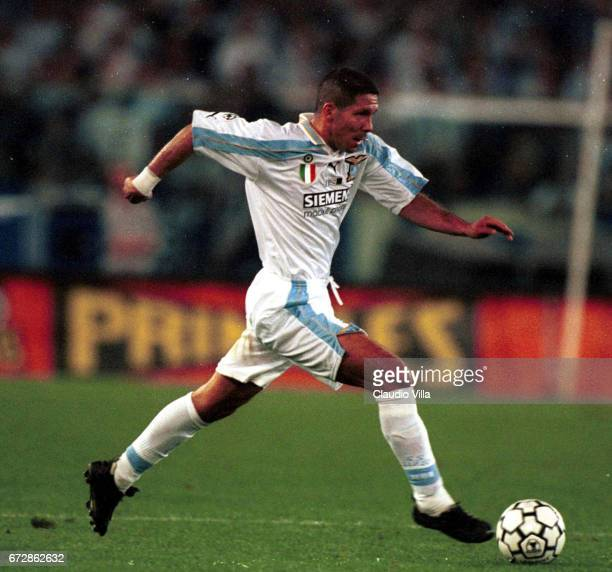 08 SEP 2000 ITALIAN SUPERCUP LAZIO INTER 43 DIEGO PABLO SIMEONE OF SS LAZIO IN ACTION