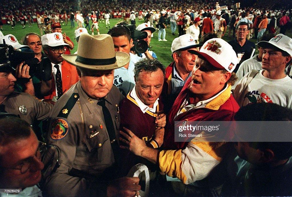 1994 ORANGE BOWL : News Photo