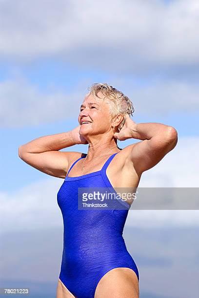 60 Hochwertige Mature Women Swimsuit Bilder Und Fotos - Getty Images-4228