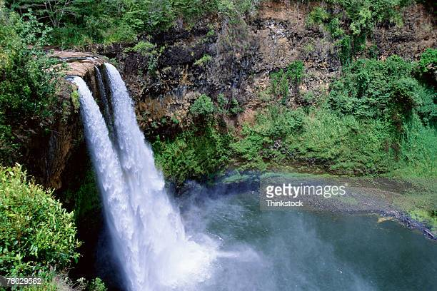 thc0022315 - waimea valley stock photos and pictures