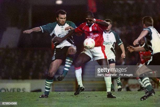 S WAYNE ALLISON JOSTLES WITH LIVERPOOL'S NEIL RUDDOCK DURING THE FA CUP 3RD ROUND REPLAY MATCH