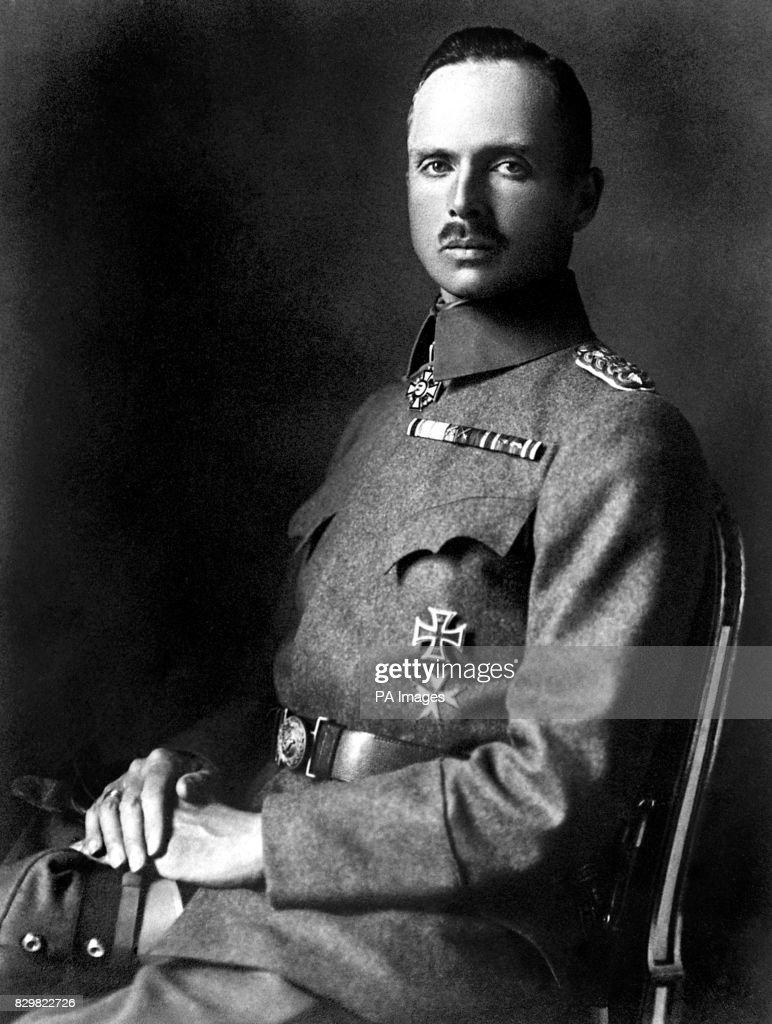 DUKE OF SAXE-COBURG-GOTHA: 1916 : News Photo