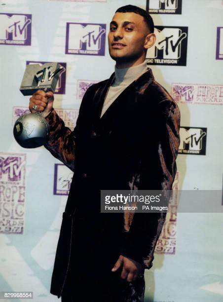 BRITISH BOXER, PRINCE NASEEM HAMED AT THE MTV AWARDS IN ROTTERDAM, NETHERLANDS