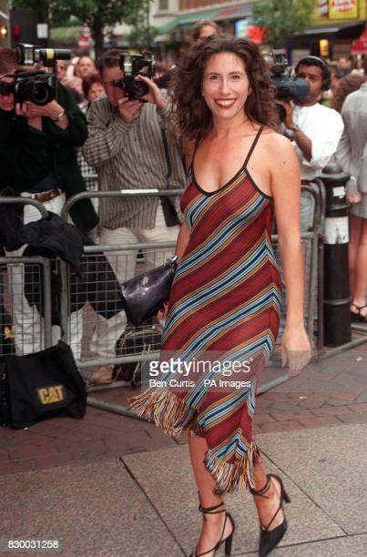 PA NEWS PHOTO 24/6/98 ACTRESS GAYNOR FAYE, WHO PLAYS JUDY MALLETT IN 'CORONATION STREET', ARRIVING FOR THE CHARITY PREMIERE OF 'GIRLS NIGHT' IN...