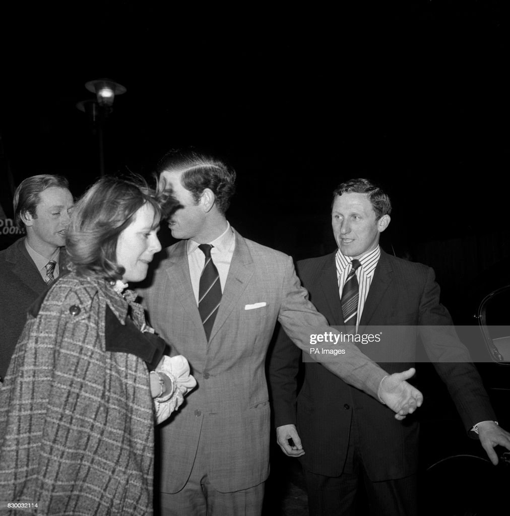 Royalty - Prince of Wales and Camilla Parker-Bowles - Drury Lane, London : News Photo