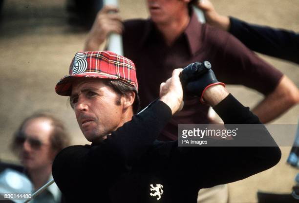 S GARY PLAYER DRIVING DURING THE 1976 OPEN GOLF CHAMPIONSHIP AT ROYAL BIRKDALE