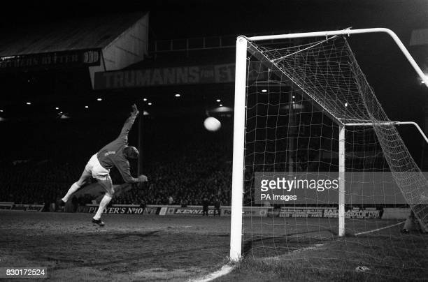 S COLIN BELL