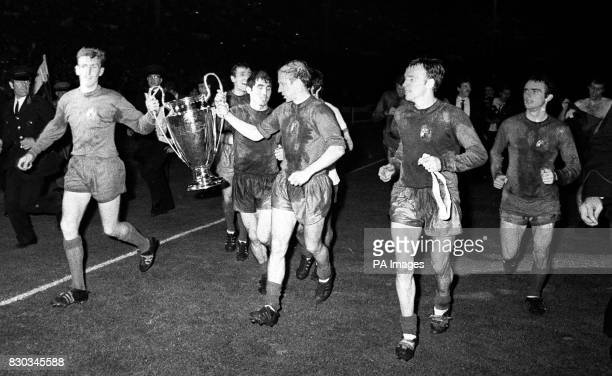 AFTER UNITED HAD WON THE EUROPEAN CUP AT WEMBLEY STADIUM LONDON BY BEATING BENFICA OF PORTUGAL 41 IN THE FINAL