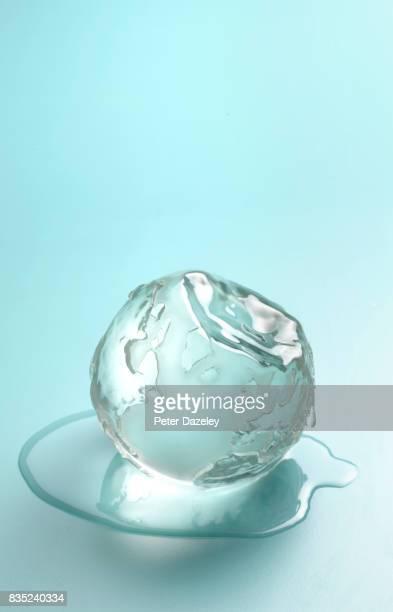 MELTING ICECAPS GLOBAL WARMING