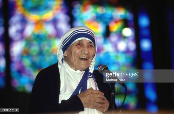 MOTHER TERESA VISITING IRELAND