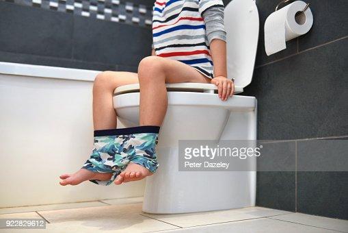Lack of school toilets puts 620m children in danger