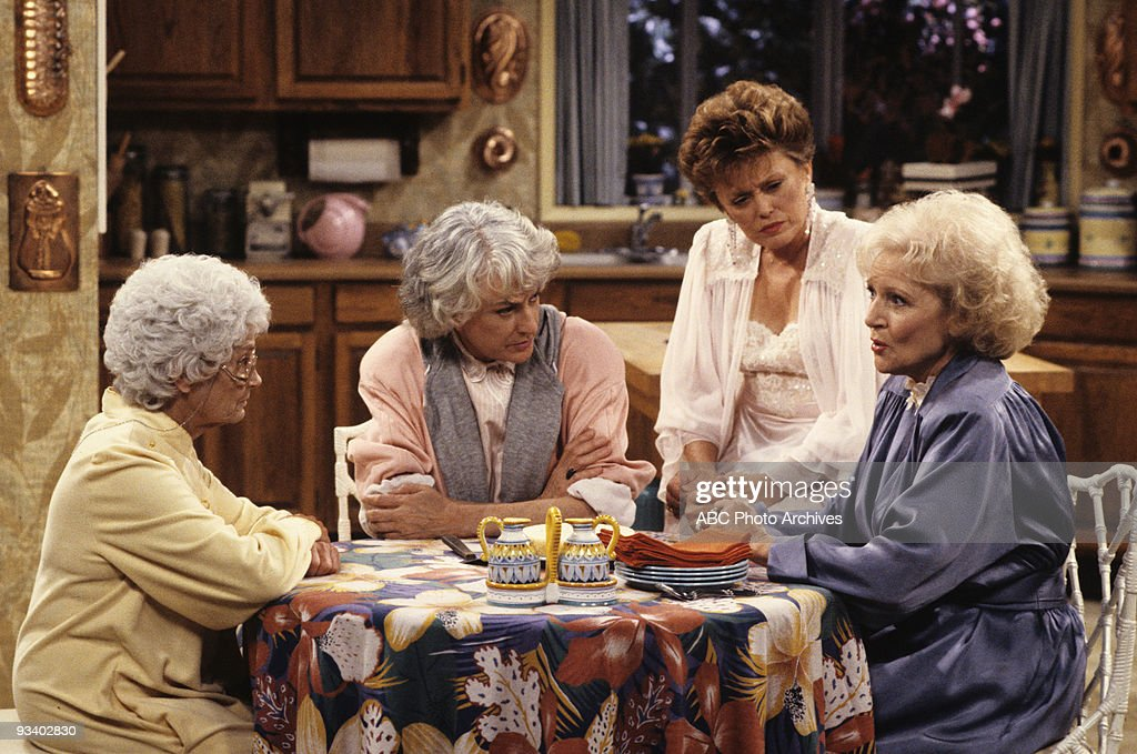 , BEA ARTHUR (Dorothy), RUE MCCLANAHAN (Blanche), BETTY WHITE (Rose),