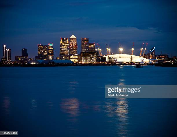 wharf and the dome - canary wharf stock photos and pictures