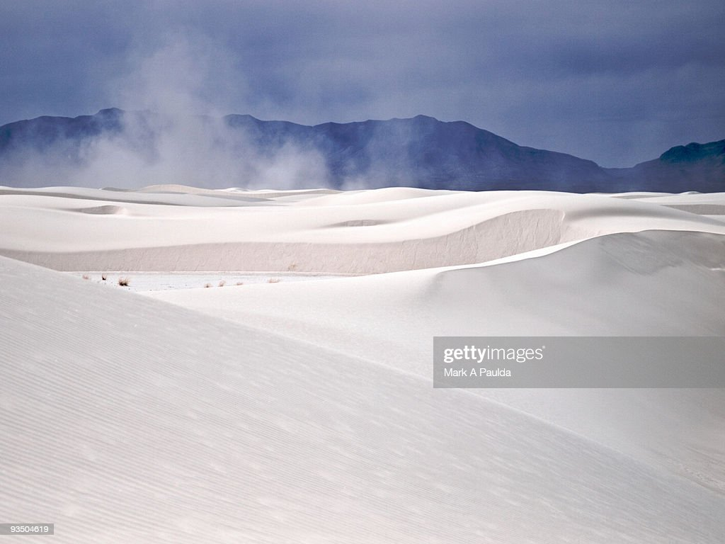 WHITE SANDS : Stock Photo