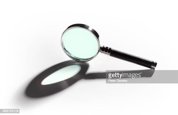 MAGNIFYING GLASS, CLOSE UP