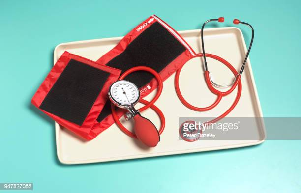doctor's blood pressure tray - medical supplies stock pictures, royalty-free photos & images