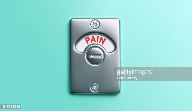 pain toilet door lock - hemorroida imagens e fotografias de stock