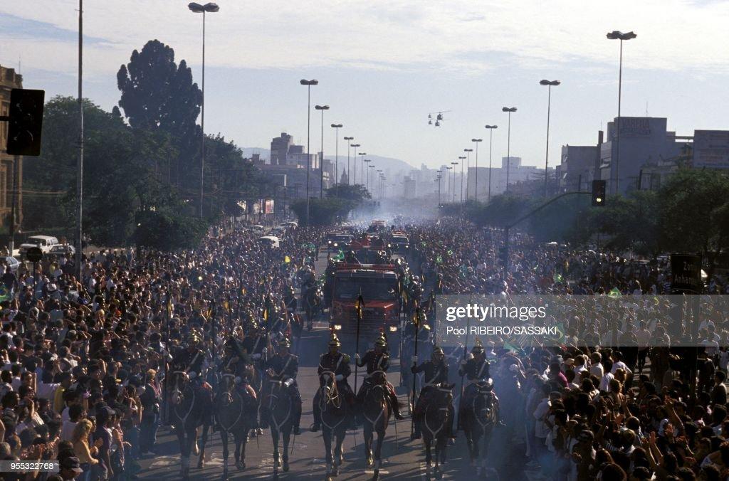 OBSEQUES D'AYRTON SENNA A SAO-PAULO : News Photo
