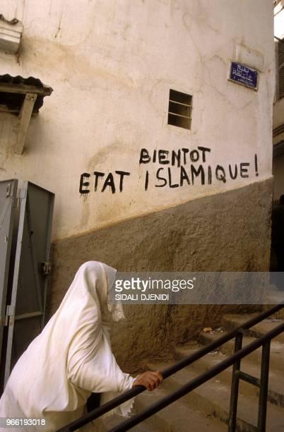 RETOUR DE MOHAMED BOUDIAF PDT. DU HAUT CONSEIL D'ETAT.