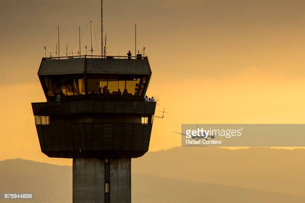 787 - control tower stock pictures, royalty-free photos & images