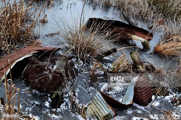 rust ice and water - rust colored - fotografias e filmes do acervo