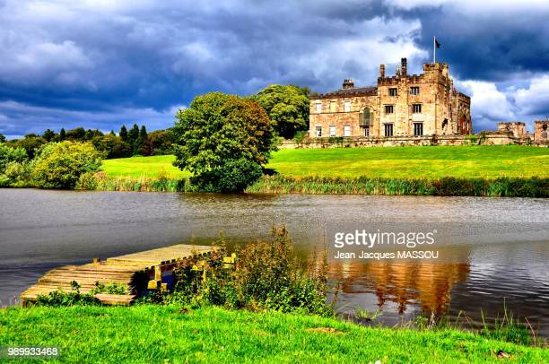 ripley castle 1 - moat stock pictures, royalty-free photos & images