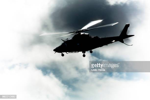 l - helicopter stock pictures, royalty-free photos & images