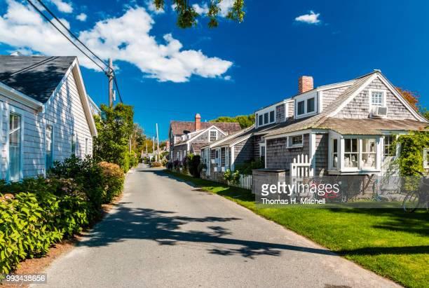 ma-cape cod-nantucket-siasconset - wohnviertel stock-fotos und bilder