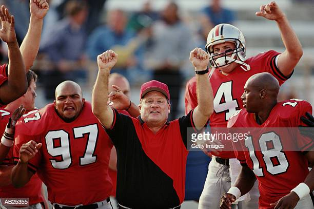 football team celebrating - 45 49歳 ストックフォトと画像