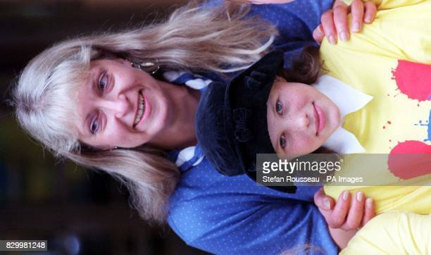 BEFORE 0001hrs WEDNESDAY DECEMBER 31 1997 Library file dated 91097 of teacher Lynda Roberts who helped tenyearold Josie Russell recover after the...