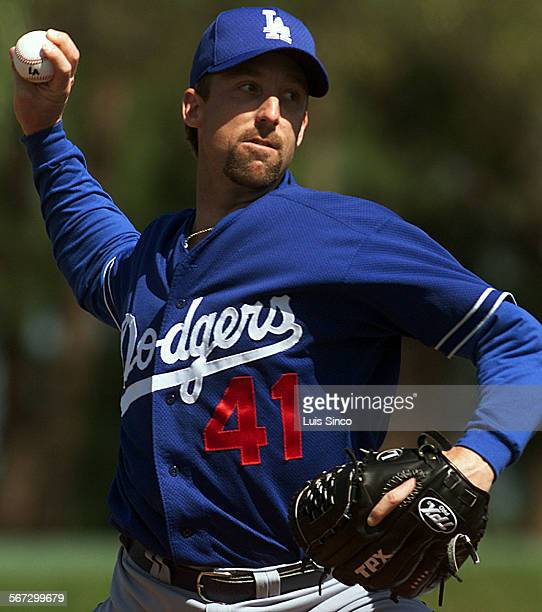 SP0222veroday612LS Dodgers pitcher Jeff Shaw at spring training