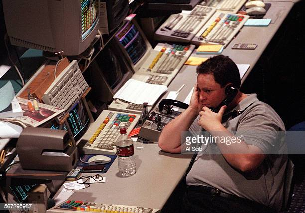 ME0414stock1AS At 5 minutes after the 100 PM close of the market on Friday April 14 2000 a Trader on the floor of the pacific stock exchange at the...