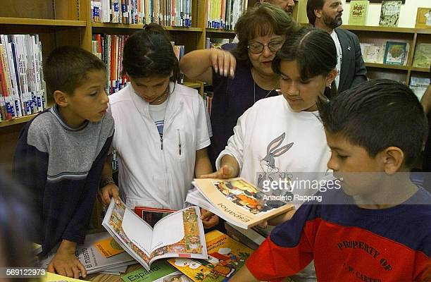 Books1AR Mexico has donated books as a gift to Los Angeles Unified School District's elementary school libraries The books were presented by Jose...