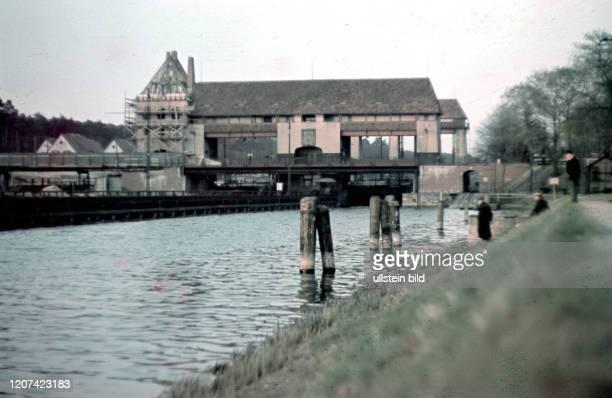 Berlin - Teltow-Kanal und Schleuse Klein-Machnow