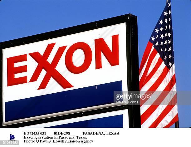 01Dec98 Pasadena, Texas Exxon Gas Station In Pasadena, Texas.