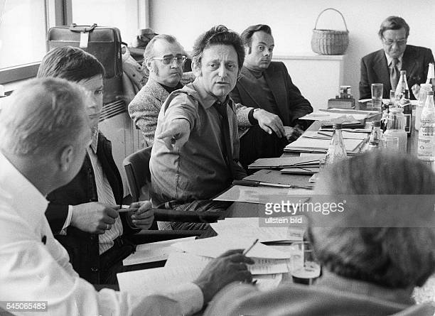 *German radio and TV entertainerduring a meeting of the editorial staff of the RIAS broadcasting station in Berlin